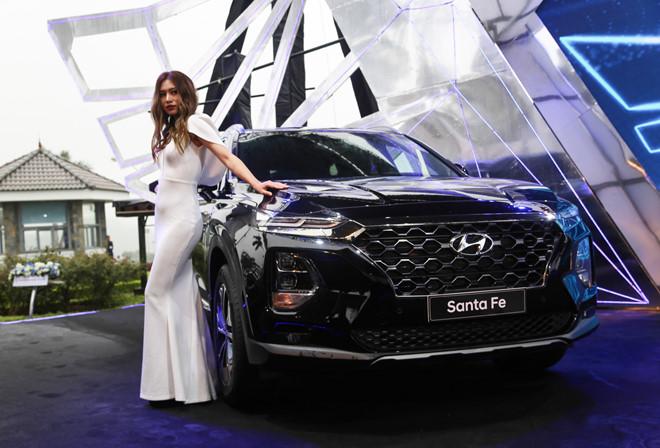 Hyundai Santa Fe 2019 ra mat tai VN, gia thap nhat 995 trieu dong hinh anh 1