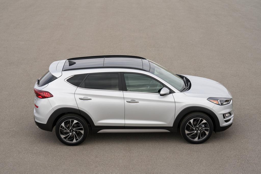 Hyundai Tucson 2019 gia tu 24.000 USD, doi dau Mazda CX-5 hinh anh 2